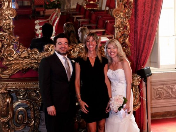 sala rossa florence officiant with bride and groom