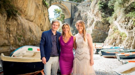 amalfi furore beach ceremony with celebrant, bride and groom