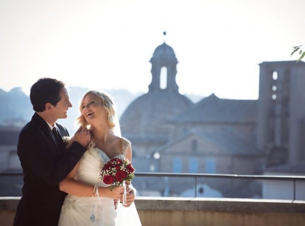 Rome wedding photo shoot Rome, bride and groom with St Peter's view